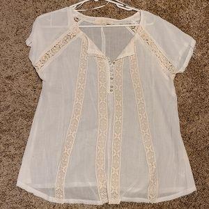 White shirt sleeve top